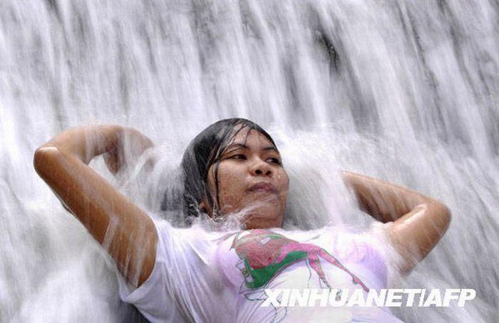 Душ по-филиппински (8 фото)
