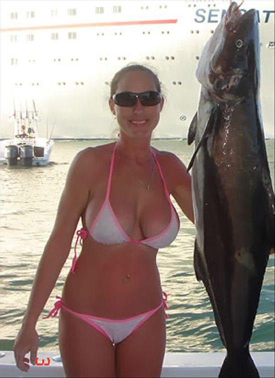 Сексуальные рыбачки (25 фото)