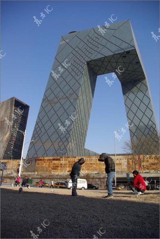 Здание Центрального телевидения в Пекине после пожара (16 фото)