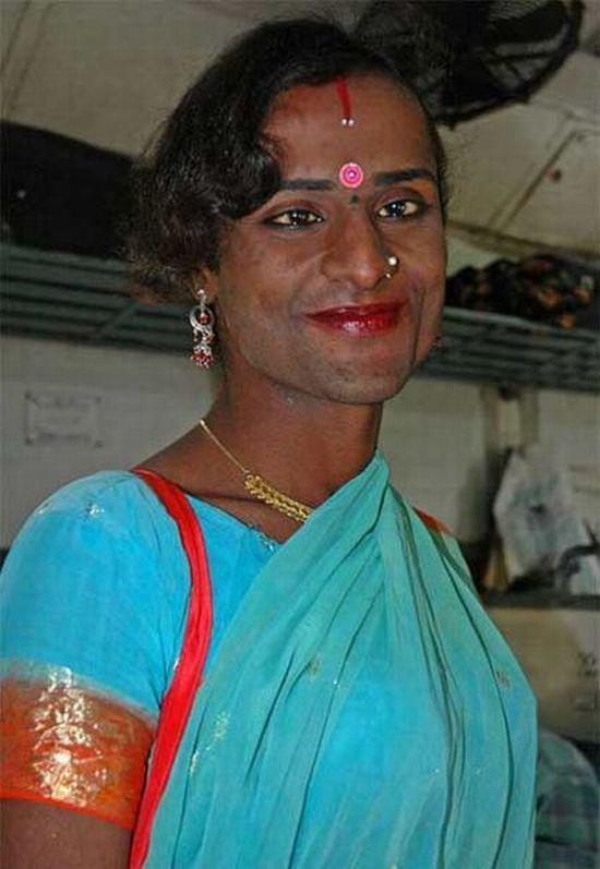 Индийские трансвеститы (13 фото)