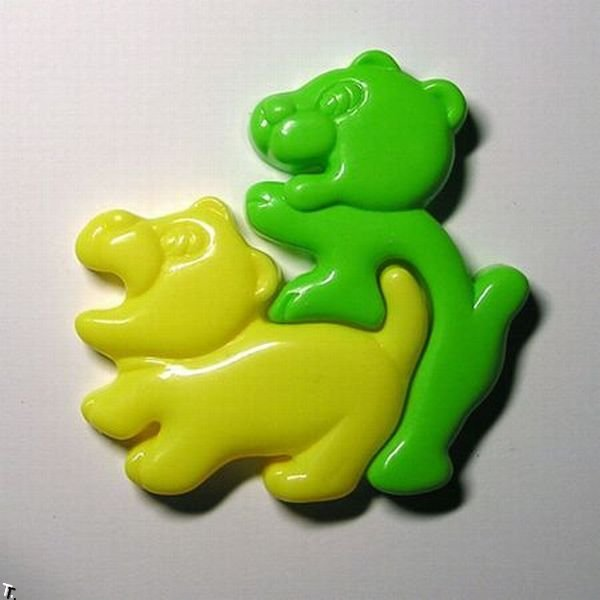 http://de.trinixy.ru/pics4/20100304/funny_and_strange_toys_16.jpg