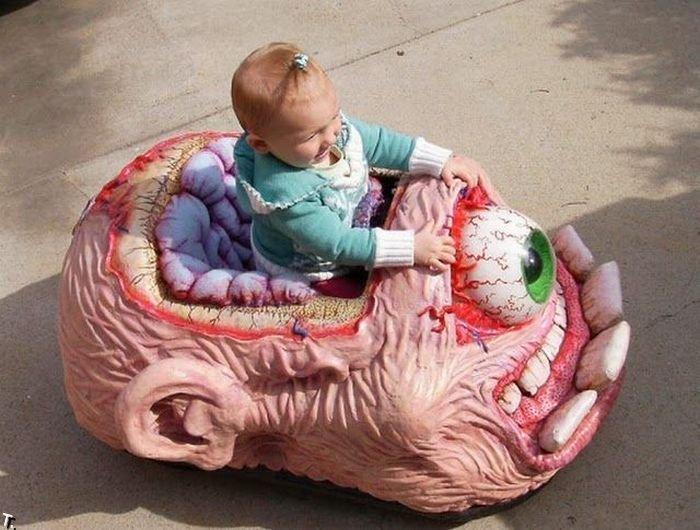http://de.trinixy.ru/pics4/20100304/funny_and_strange_toys_31.jpg