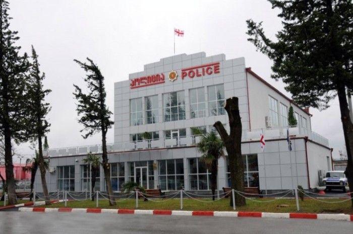 Полицейские отделения в Грузии (22 фото)