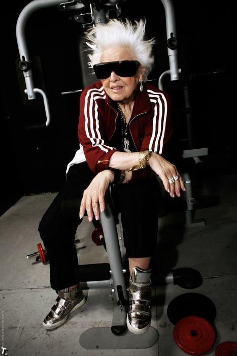 Ruth Flowers - самая старая женщина-диджей в мире (28 фото)