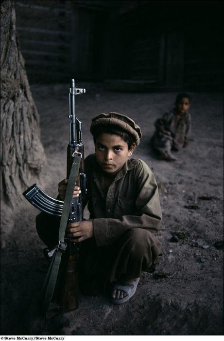 Дети-солдаты (19 фото)