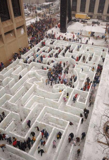 Самый большой ледяной лабиринт в мире (20 фото)