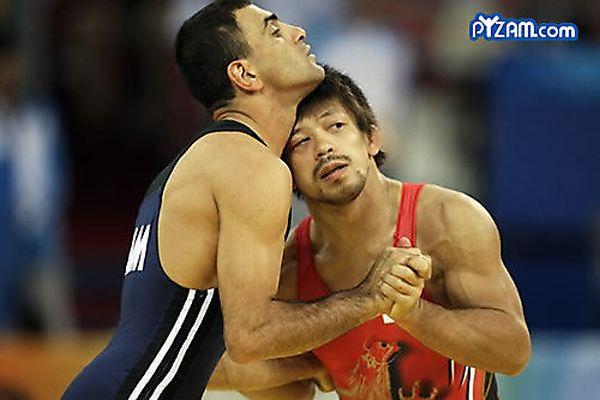 Самые смешные фотографии борьбы (20 фото)