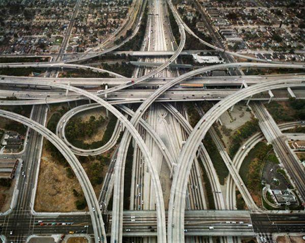 Самые опасные дороги в мире (30 фото)