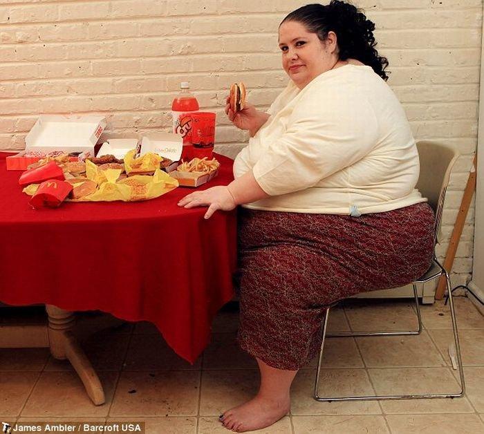 Будущая самая толстая женщина в мире - Донна Симпсон (5 фото)