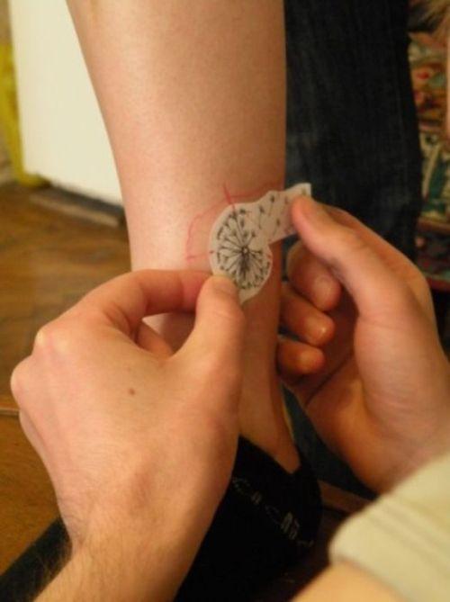 """Татуировка """"Одуванчик"""" (11 фото)"""