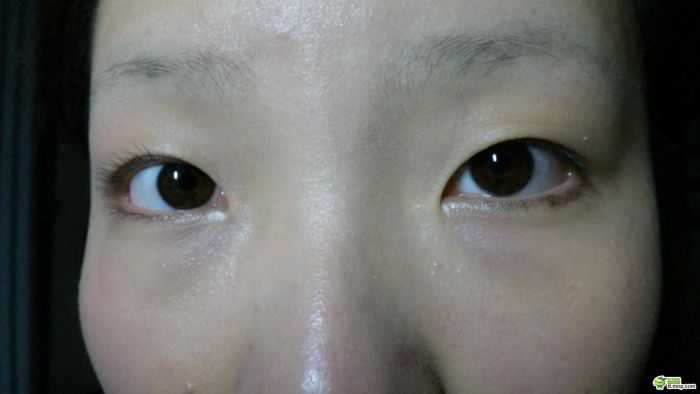 Еще одна азиатка меняется внешне (32 фото)