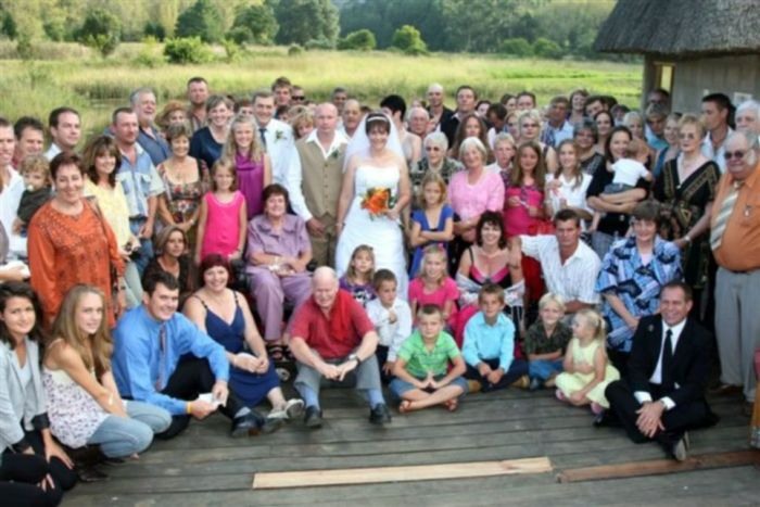 Свадебное купание (3 фото)