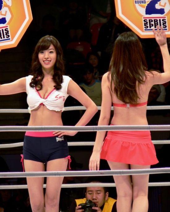 Фото голые пышные девушки из японии