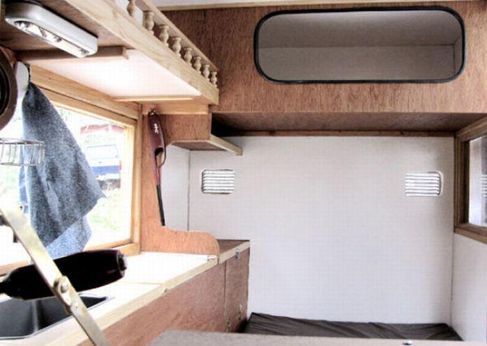Мобильный дом для бездомных (16 фото)
