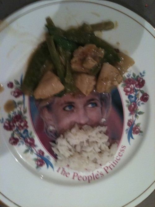 Ужин с Дианой - самый глупый сайт в мире? (33 фото)