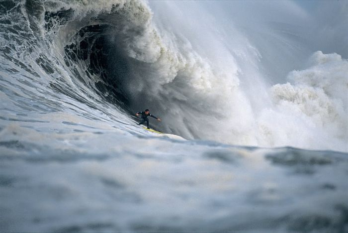 http://de.trinixy.ru/pics4/20100408/giant_waves_13.jpg