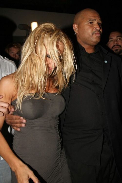 Пьяная Памела Андерсон (10 фото)