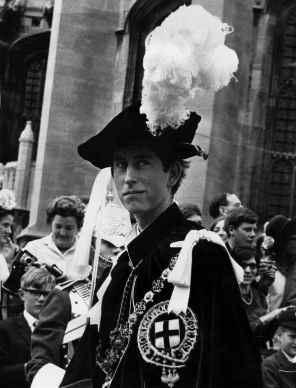 Принц Чарльз - от ранних лет до наших дней (30 фото)