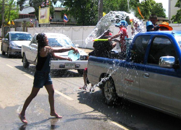 Водный фестиваль в Таиланде (22 фото)