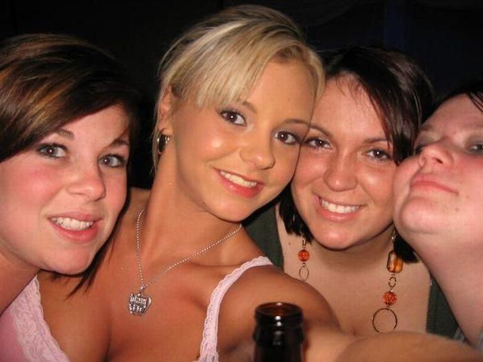 Личные фотографии порно-звезд (80 фото)