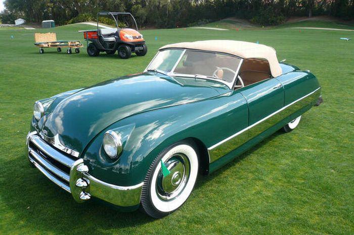 Конкурс красоты среди классических машин (14 фото)