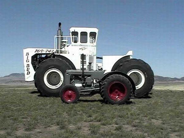 Big Bud - самый большой в мире фермерский трактор (8 фото)