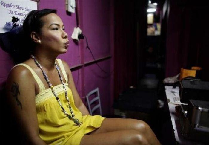 Жизнь трансвестита (20 фото)