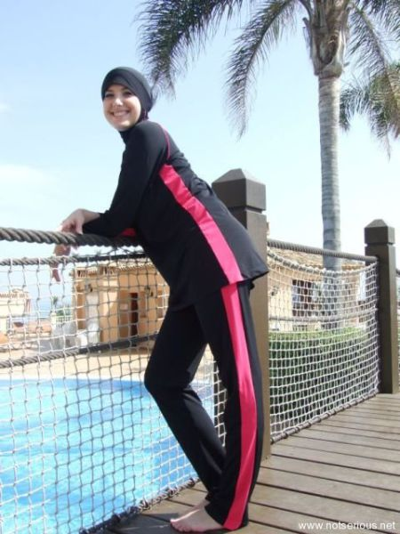 Мусульманские бикини (21 фото)