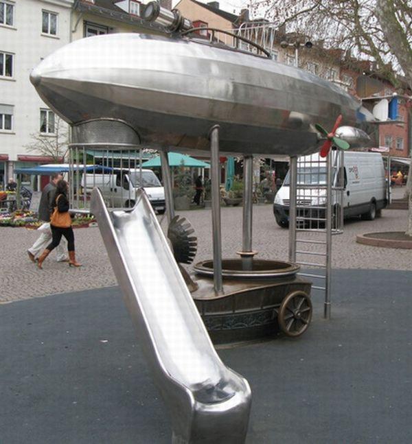 Необычные детские площадки (21 фото)