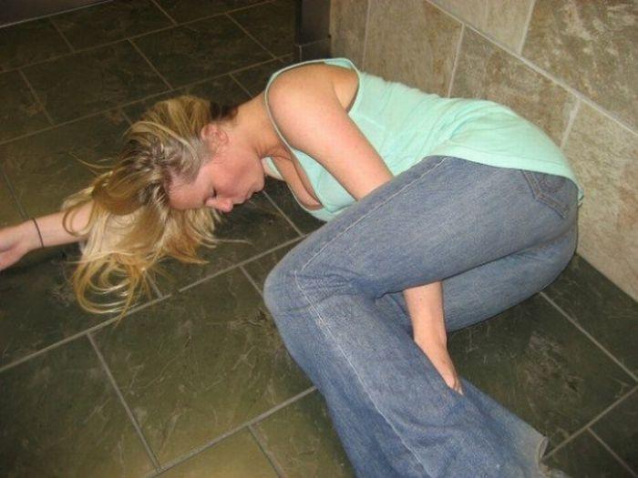 Любетельский фото пьянних девушке