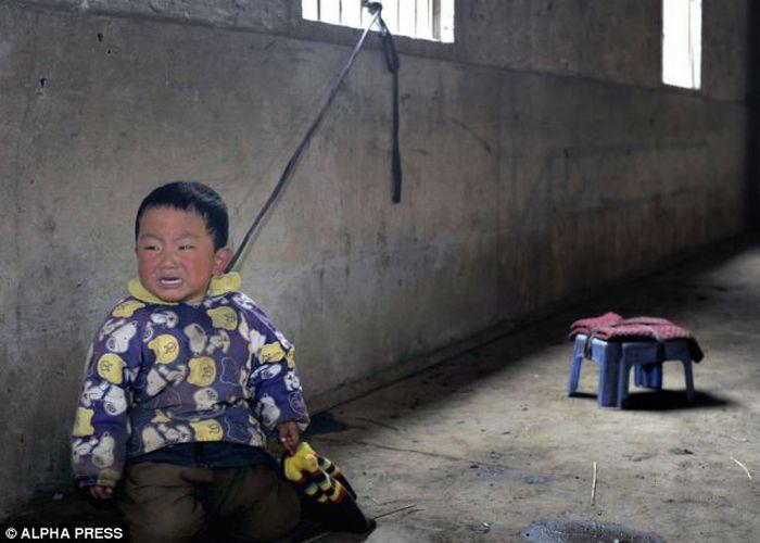 Связанный ребенок картинка