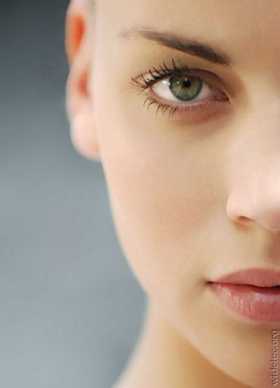 Самые красивые женские глаза без макияжа