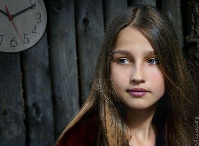 Красивые женские лица (59 фото)