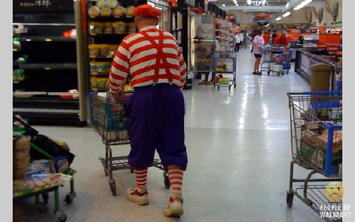 Смешные люди из супермаркетов. Часть 4 (132 фото)