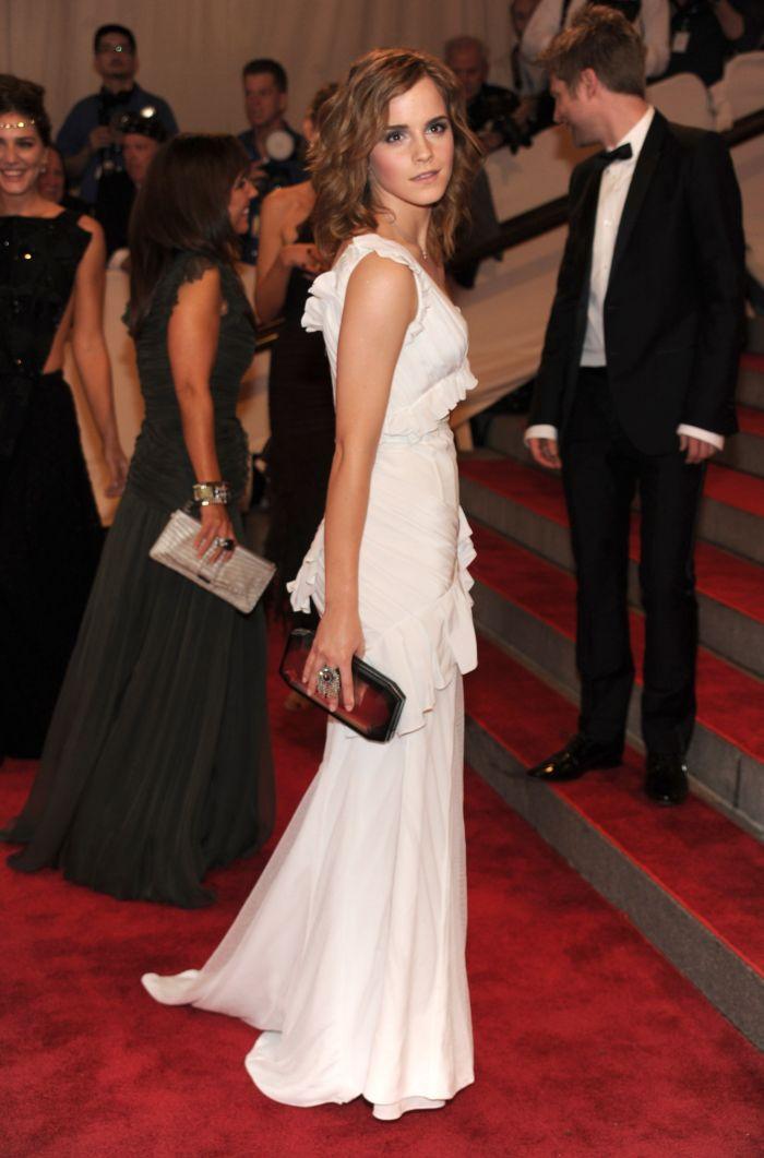 Эмма Уотсон выглядит отлично (13 фото)
