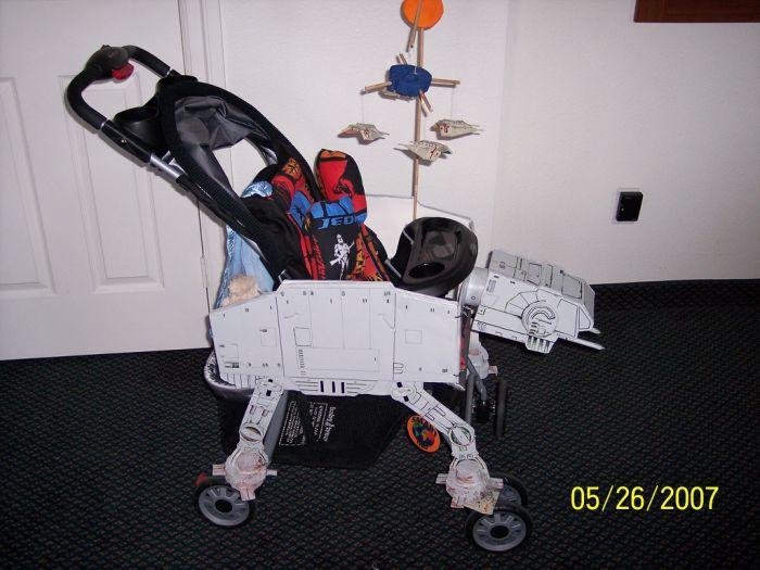 Коляска для самых маленьких поклонников Звездных воин (10 фото)