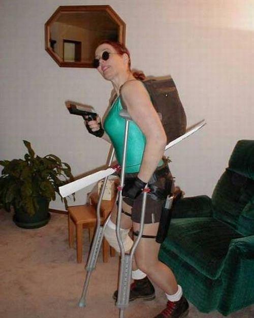 Худшие попытки одеться в костюм Лары Крофт (13 фото)