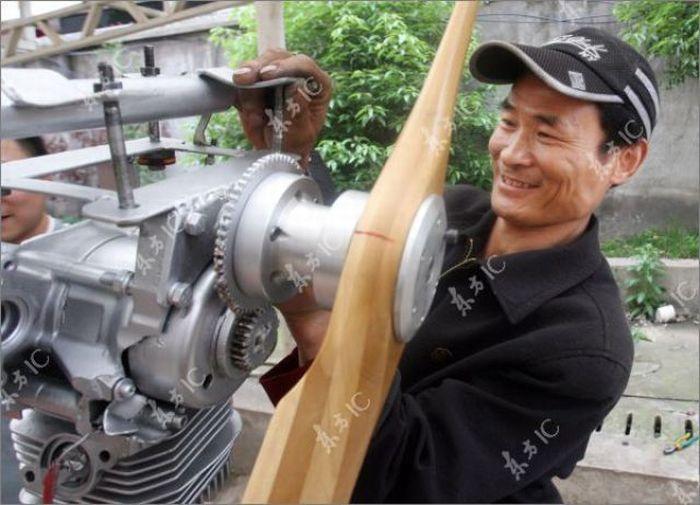 Китайский фермер построил самолет (35 фото)