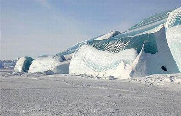 Замерзшие волны (15 фото)