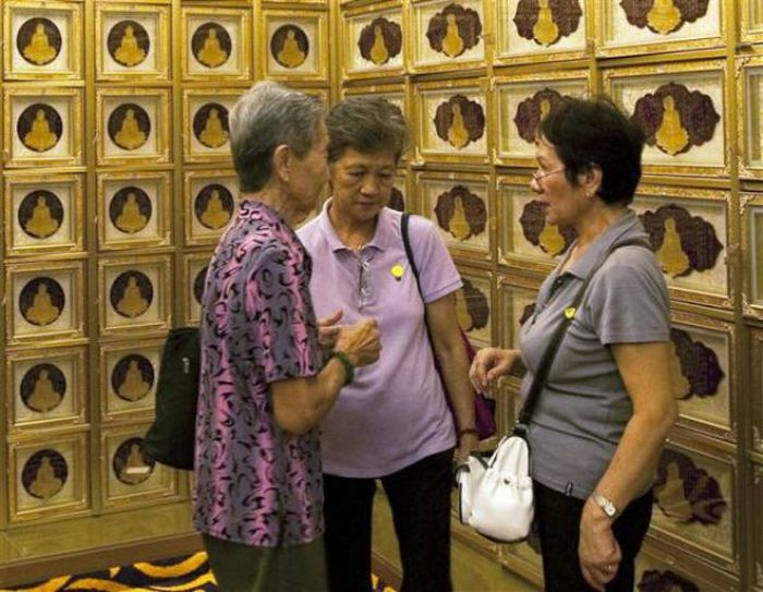 "Колумбарий класса ""Люкс"" в Сингапуре (11 фото)"