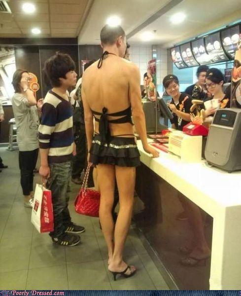 Люди в забавной одежде (80 фото)