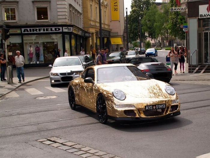 Потрясающий Porsche (44 фото + видео)
