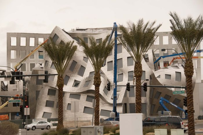 Здание Центра здоровья мозга (8 фото)