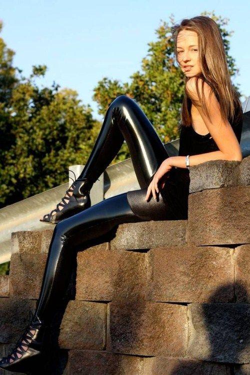 Обтягивающие штанишки (60 фото)