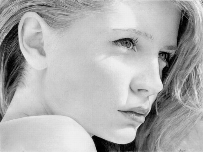 http://trinixy.ru/pics4/20100608/incredible_female_portraits_drawn_by_pencils_43.jpg