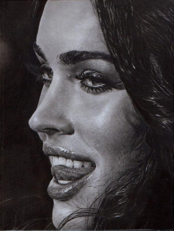 Очень красивые женские рисунки.