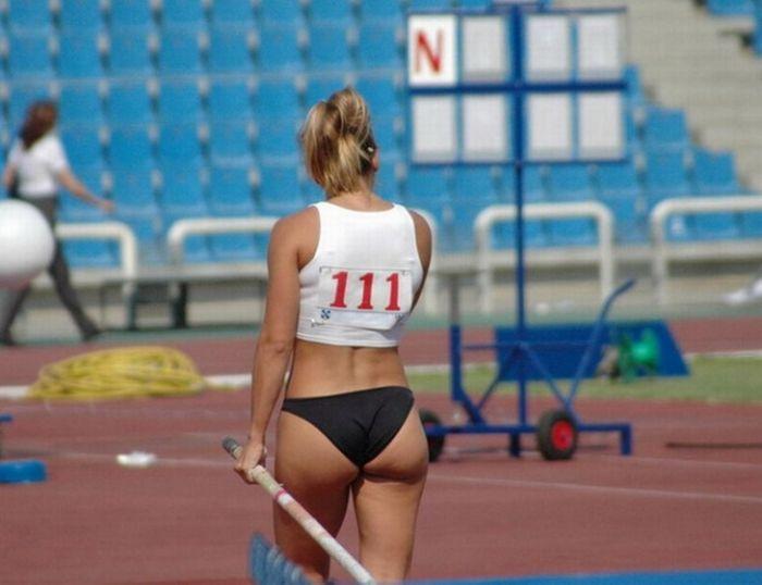 sportivnie-popki-legkaya-atletika-porno