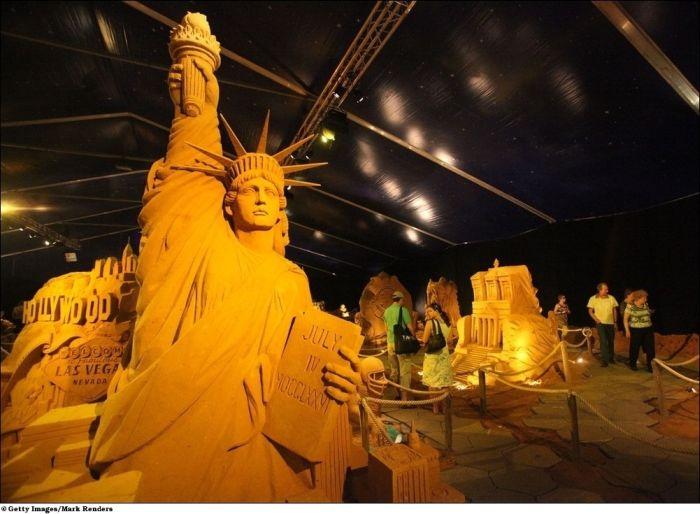 Фестиваль скульптур из песка (24 фото)