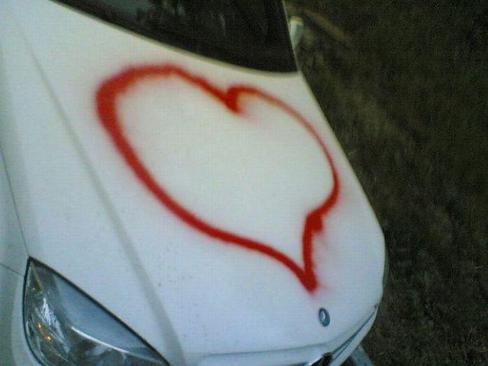 Как НЕ надо признаваться в любви (3 фото)