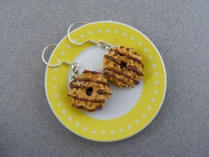 Кулоны и сережки в виде еды (33 фото)